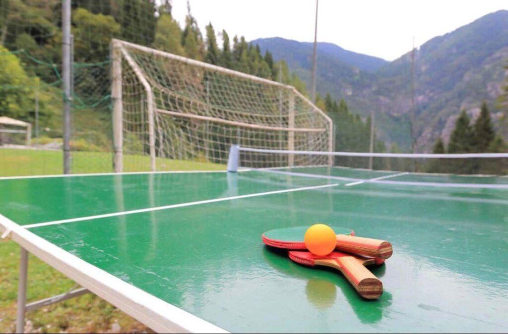 ping pong chalet nelle Dolomiti